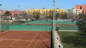 Campo da tennis vicino Bagni Mara Senigallia