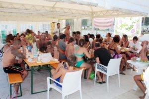 Spazi coperti dei Bagni Mara spiaggia di Senigallia